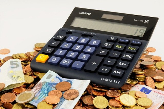 お金に関する項目